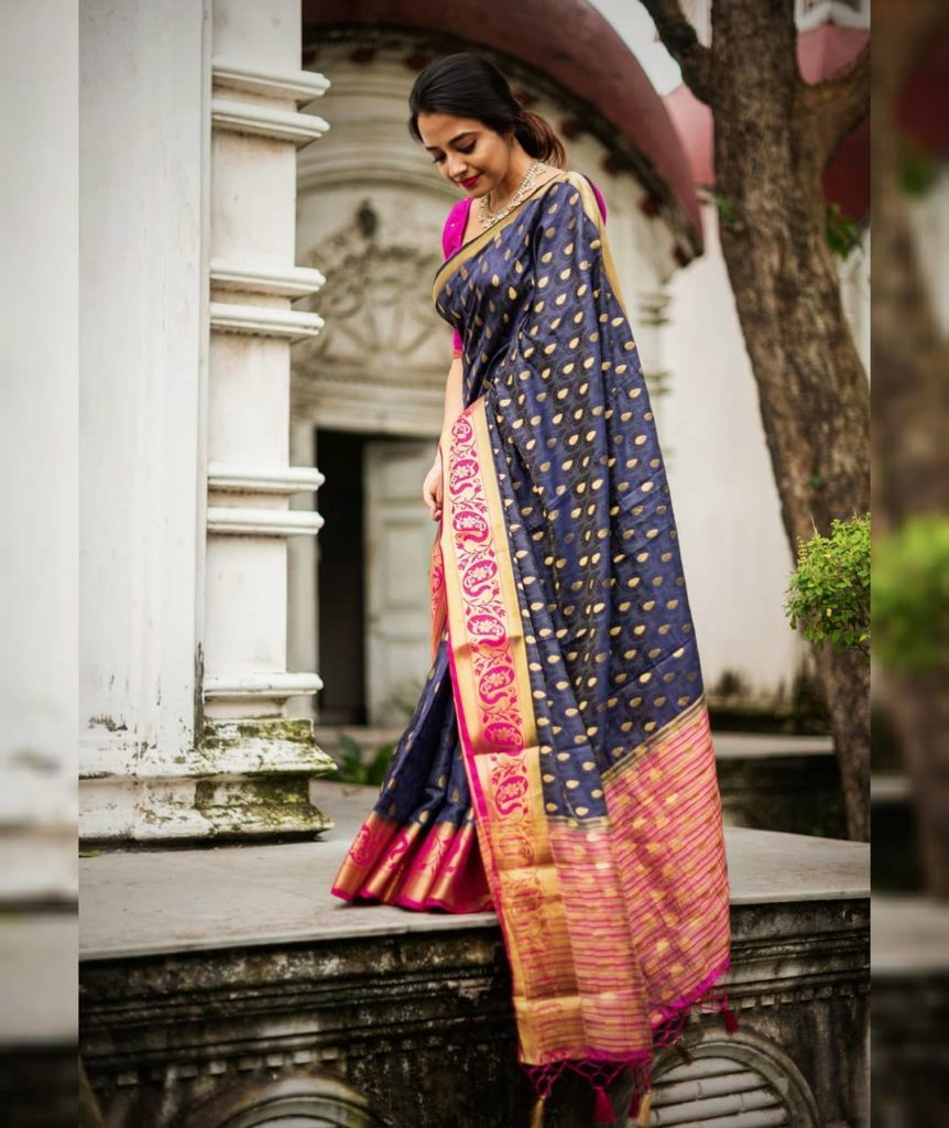saree-styling-tips-for-plus-size-1