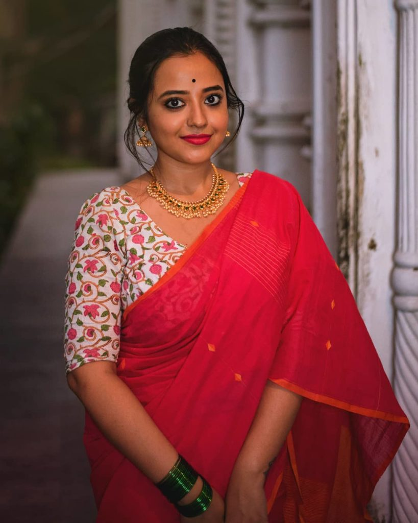saree-styling-tips-for-plus-size-4