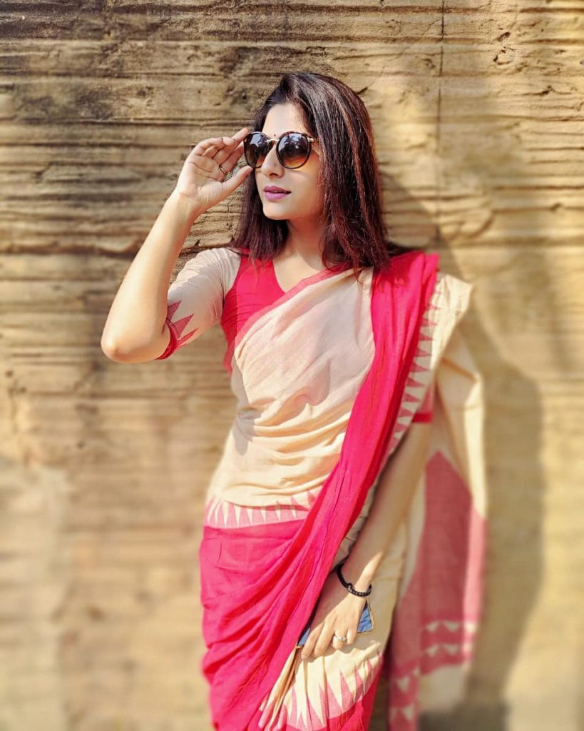 saree-bloggers-instagram-15