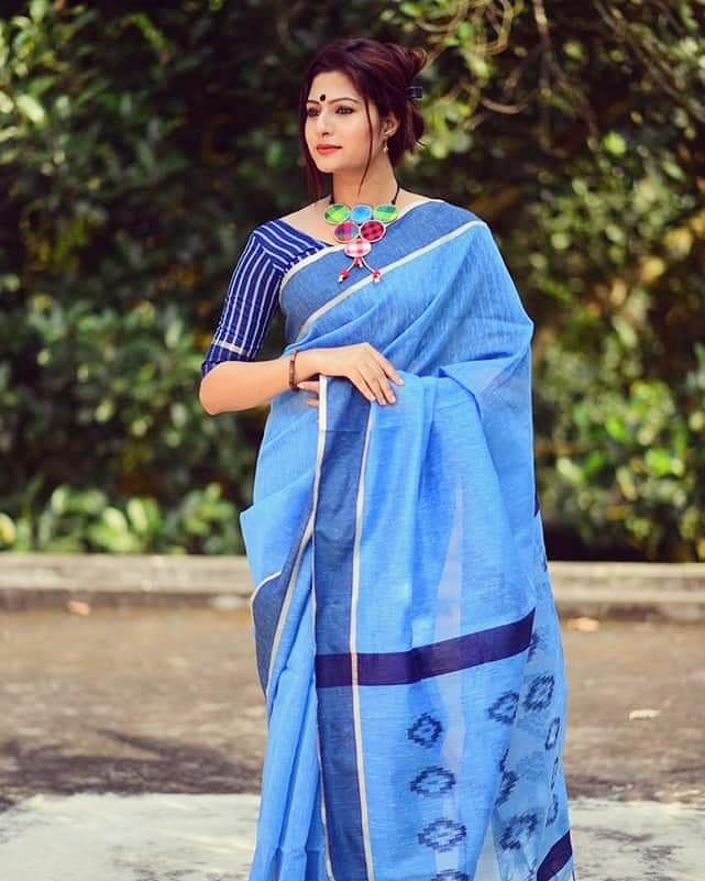 saree-bloggers-instagram-17