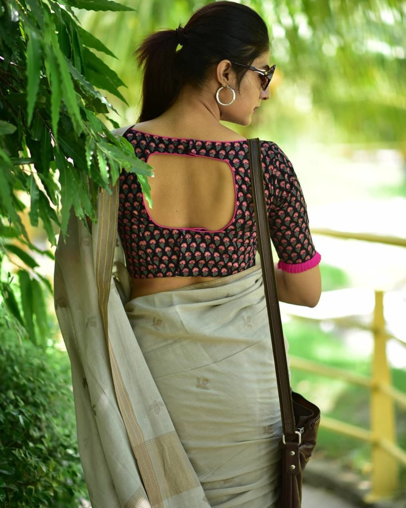 saree-bloggers-instagram-8