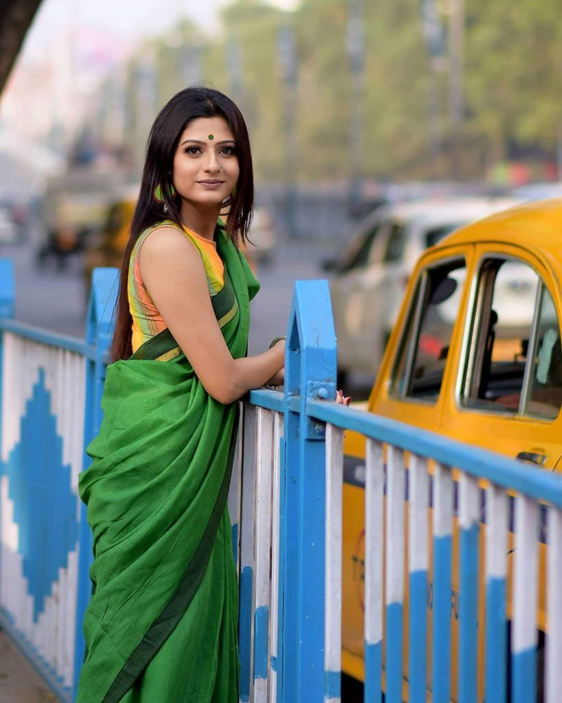 saree-bloggers-instagram
