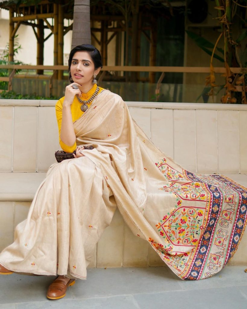 saree-styling-tips-10