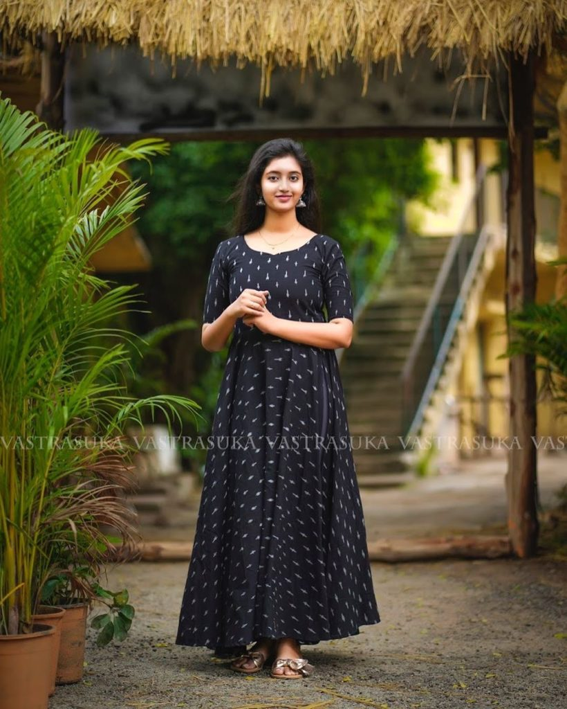 south-indian-long-dresses-10
