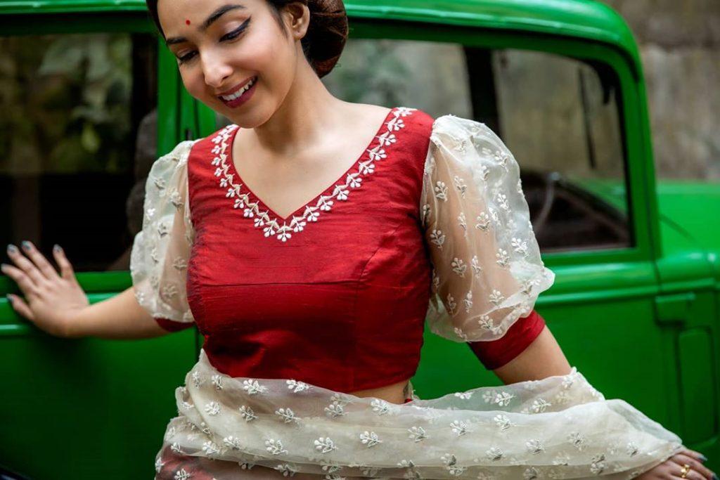 retro-sarees-online-11