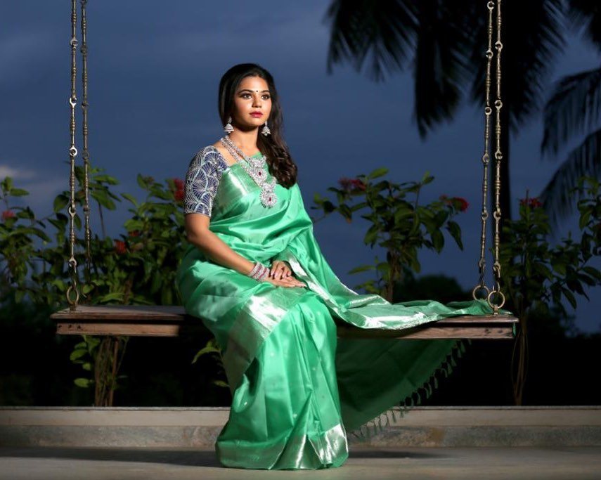 silk-saree-blouse-designs-13