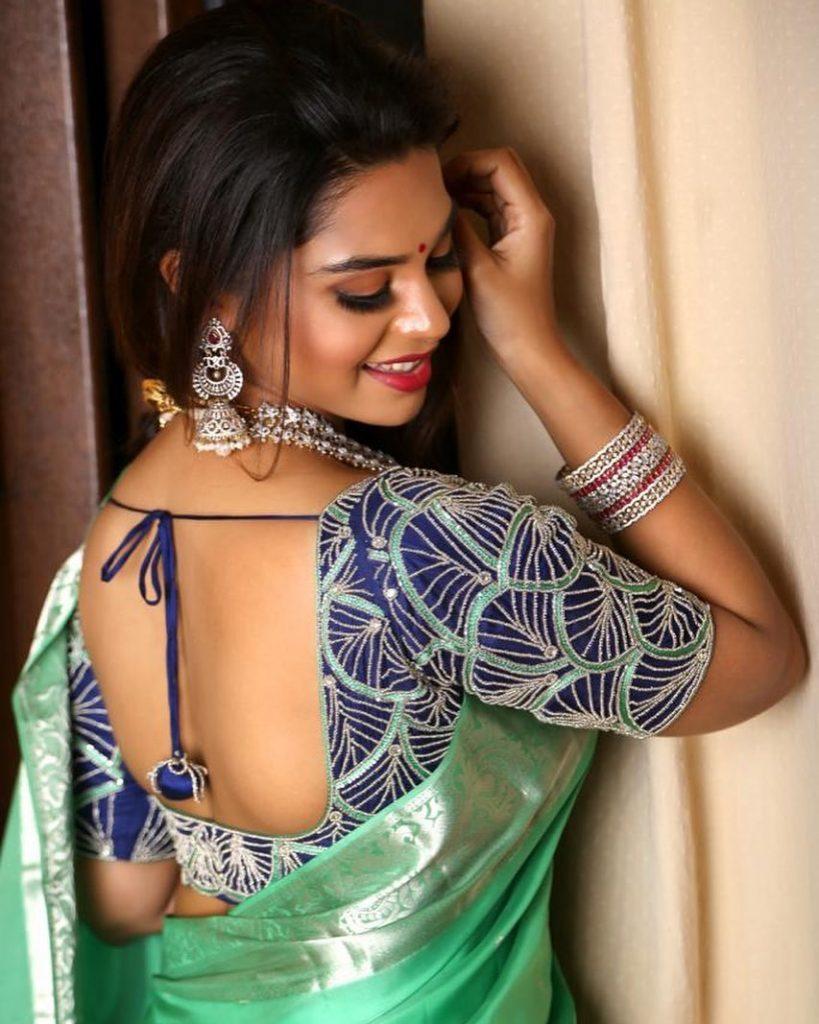 silk-saree-blouse-designs-15