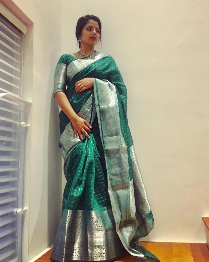 stying-silk-sarees-1