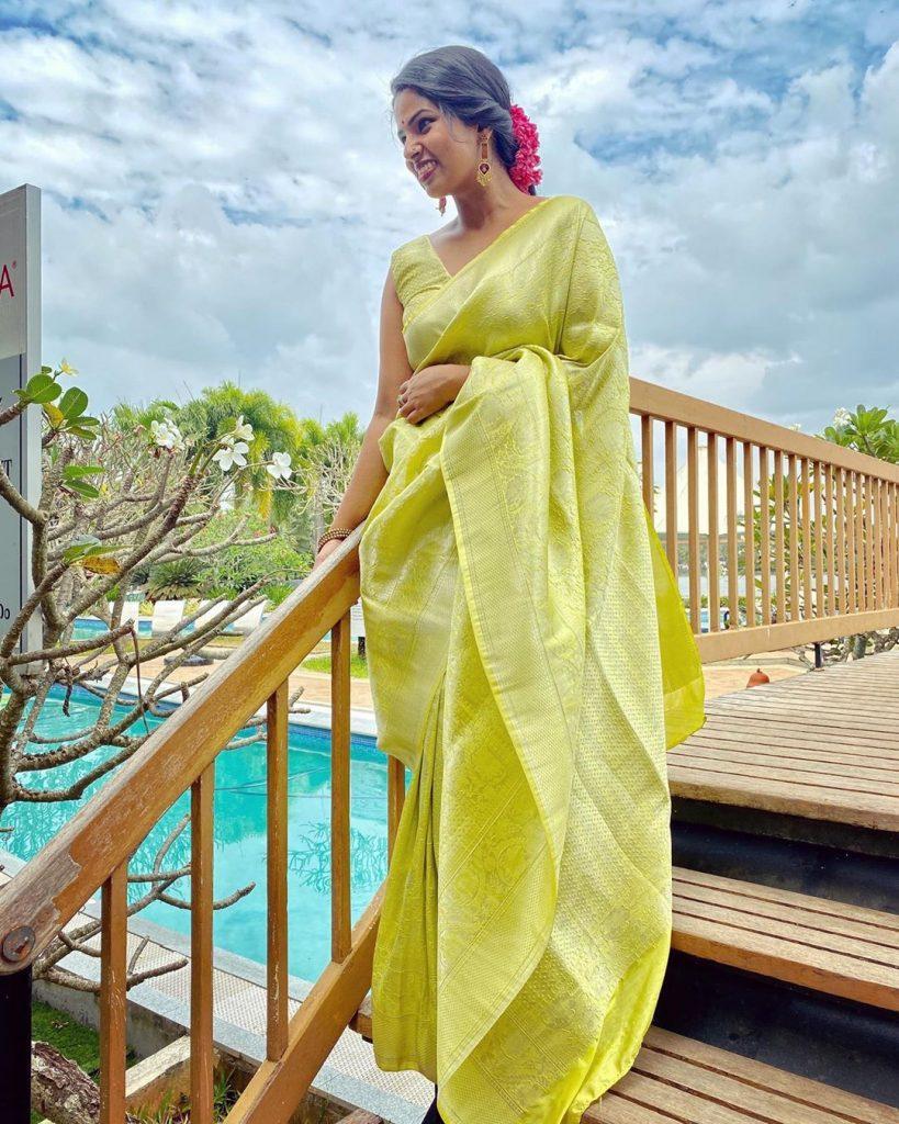 stying-silk-sarees-2