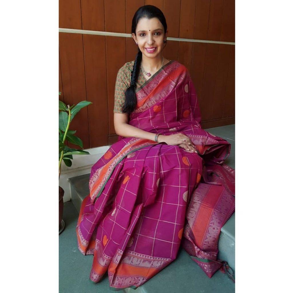 handloom-sarees-designs-18