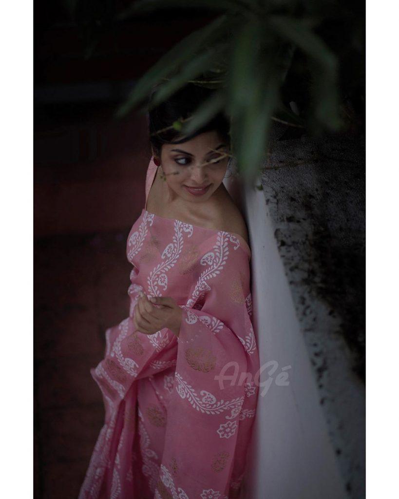 light-weight-saree-online-1