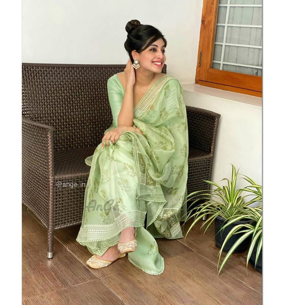light-weight-saree-online-12