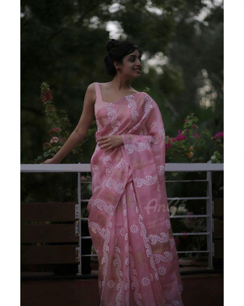 light-weight-saree-online