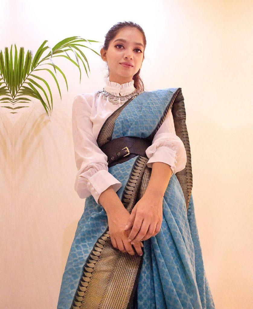 saree-styling-ideas-14