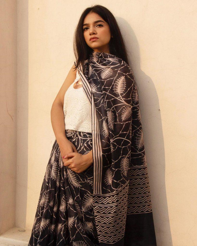 saree-styling-ideas-8