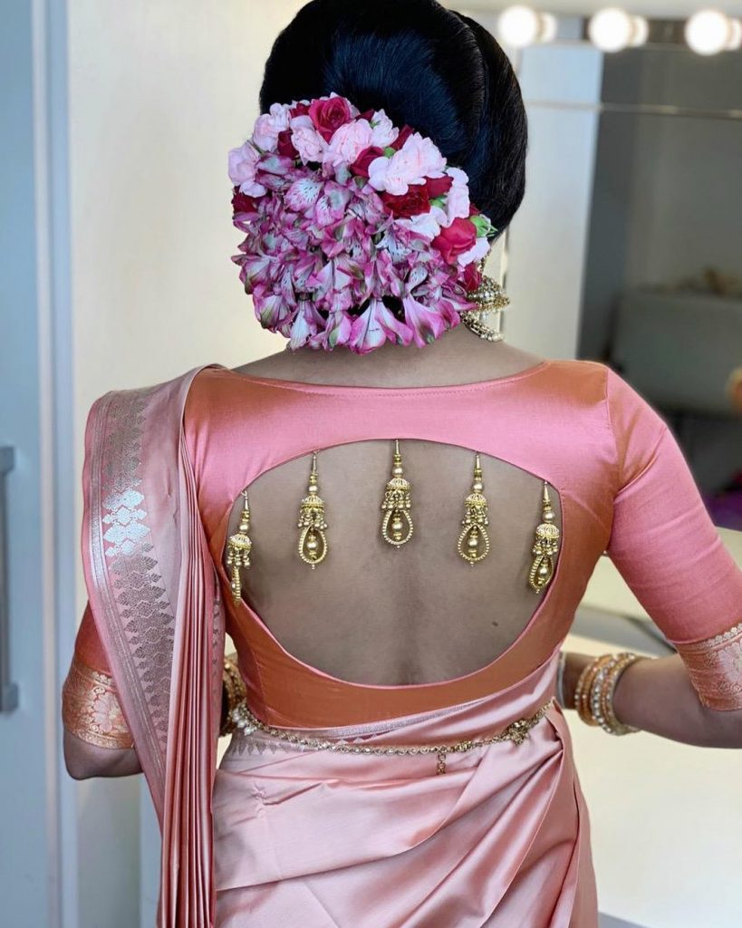 blouse-back-designs-2020-18