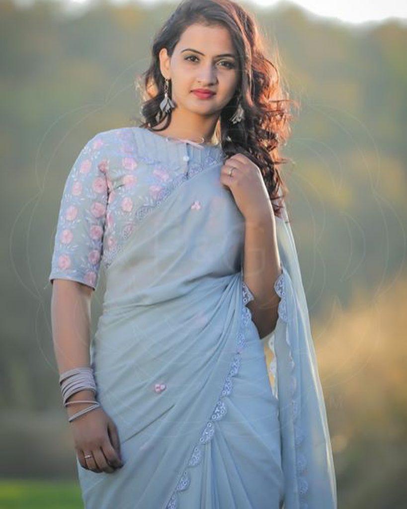 designer-saree-blouses-online-5