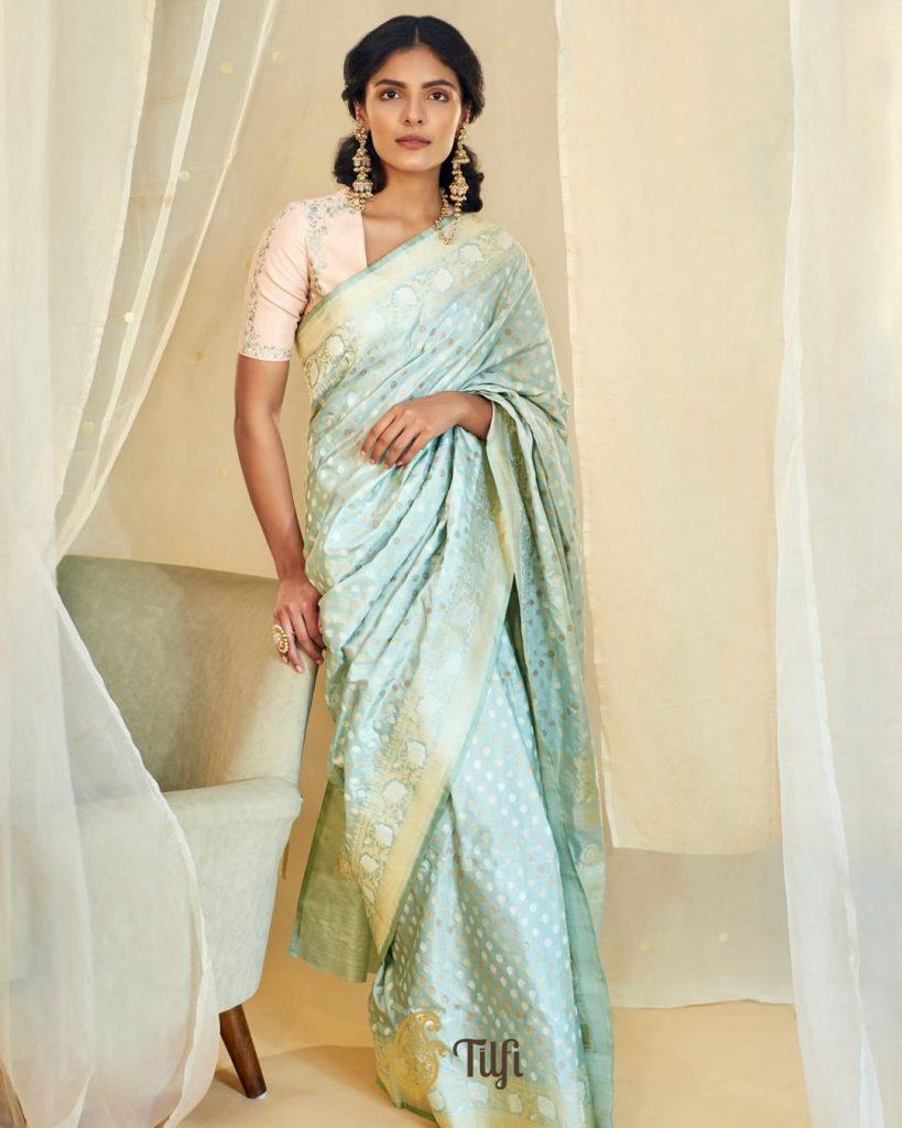 designer-sarees-online-16