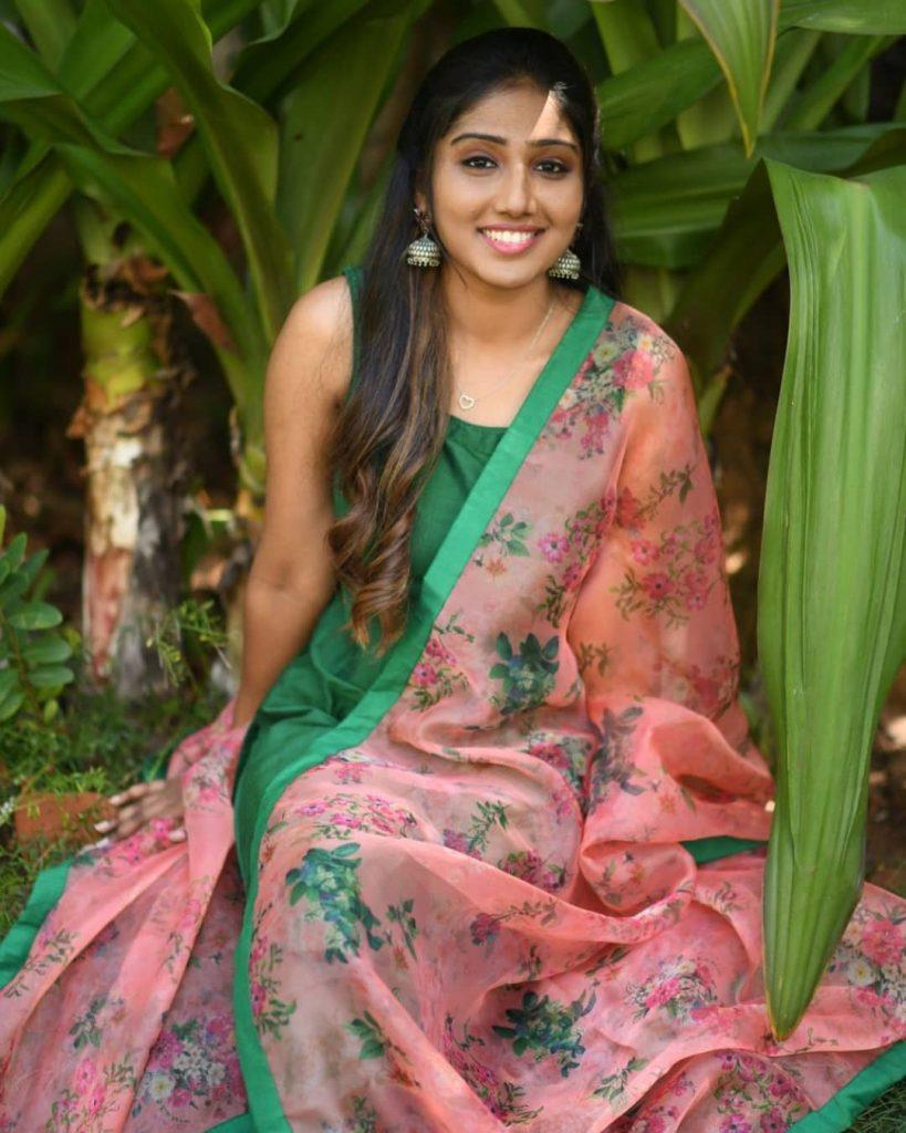 ethnic-dresses-for-women-10