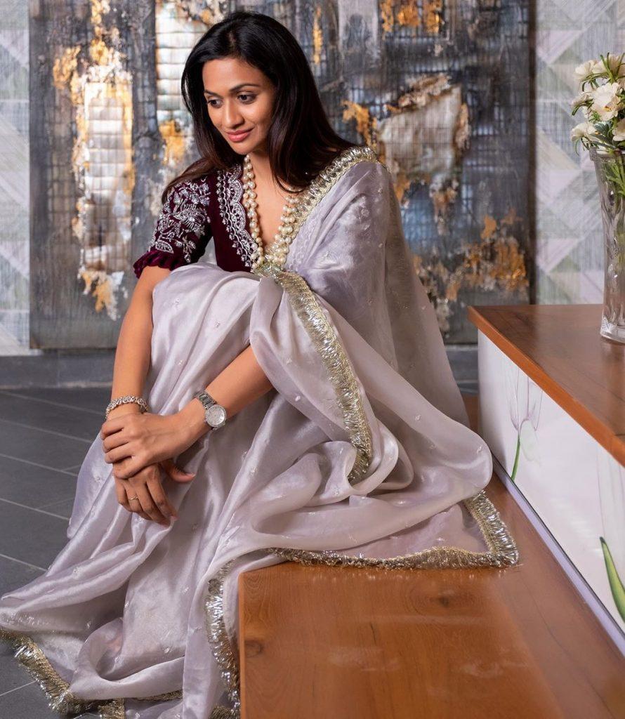 designer-sarees-festive-wear-12