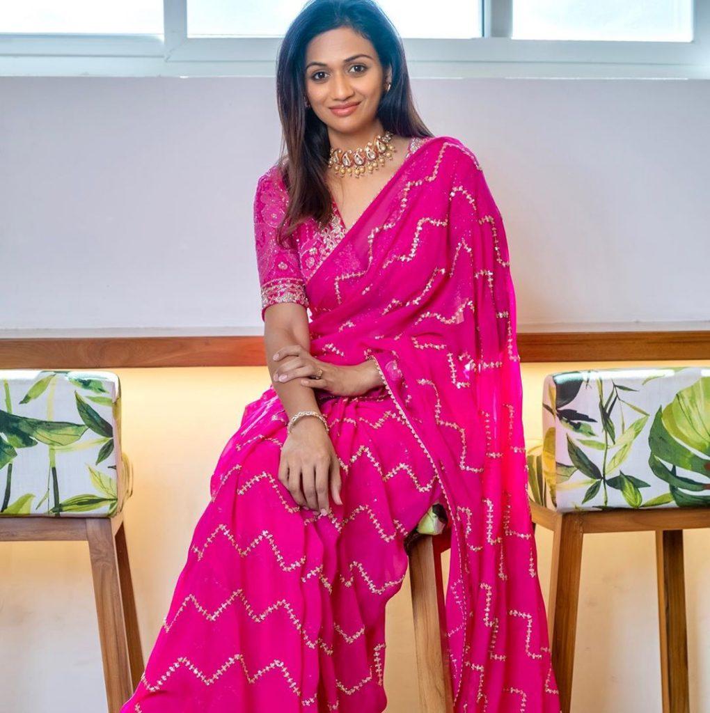 designer-sarees-festive-wear-13