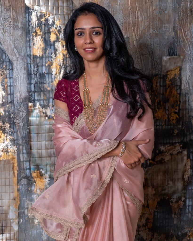 designer-sarees-festive-wear-14