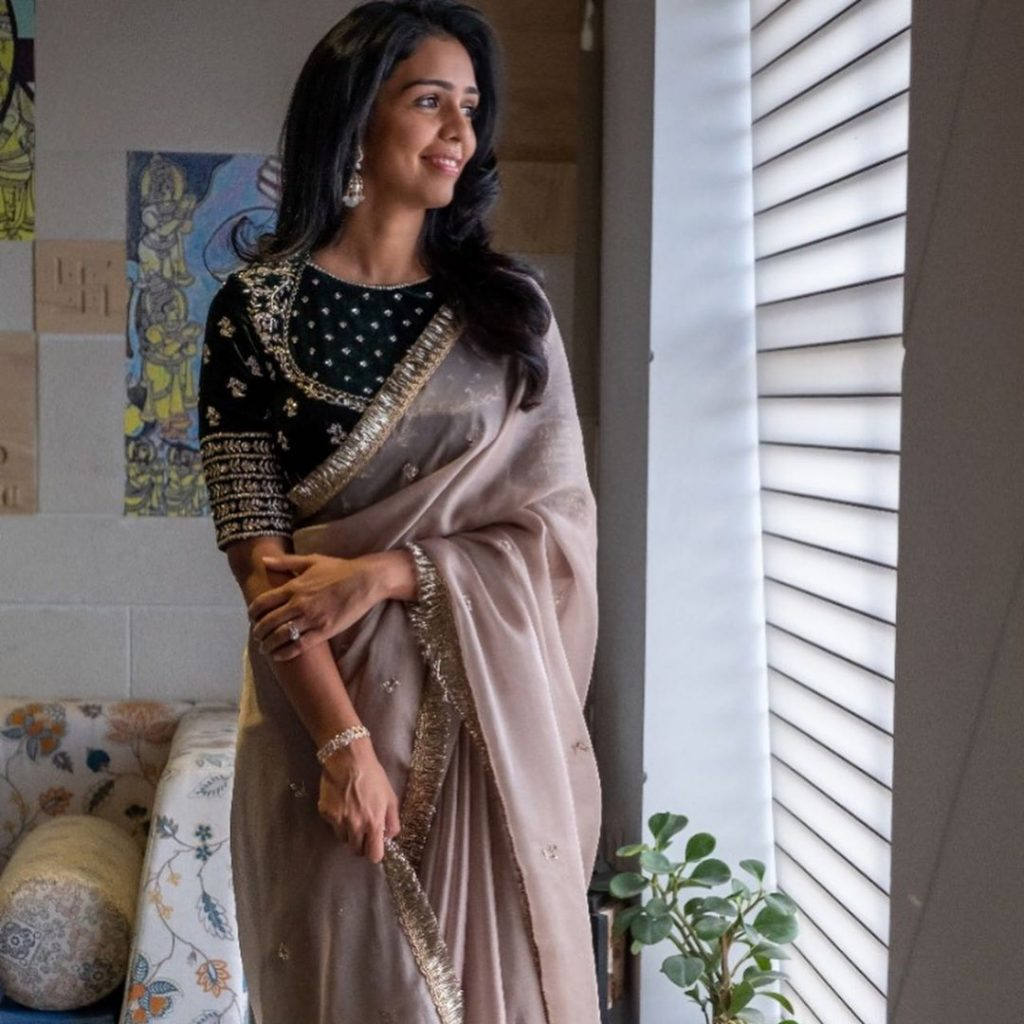 designer-sarees-festive-wear-2