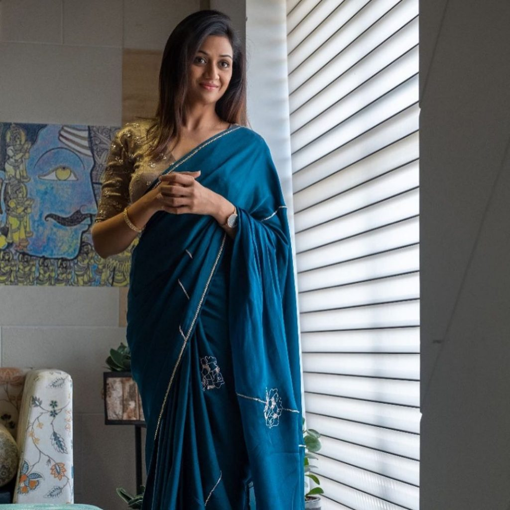 designer-sarees-festive-wear-4