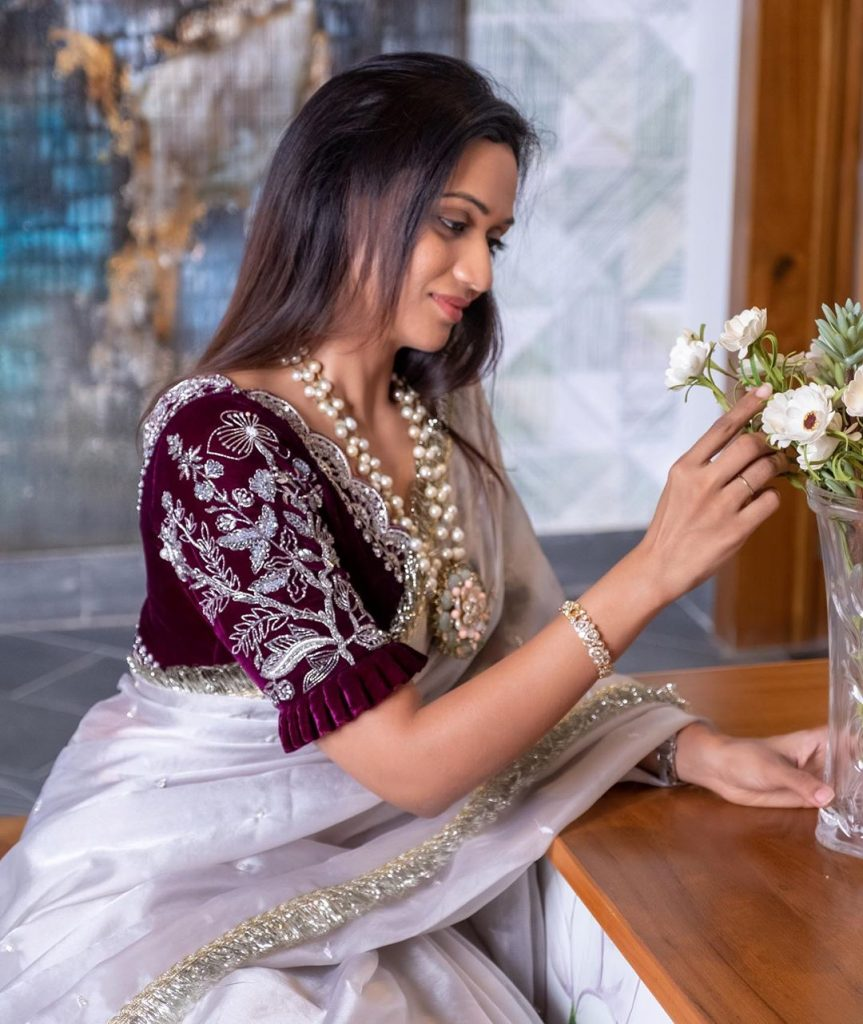 designer-sarees-festive-wear-9