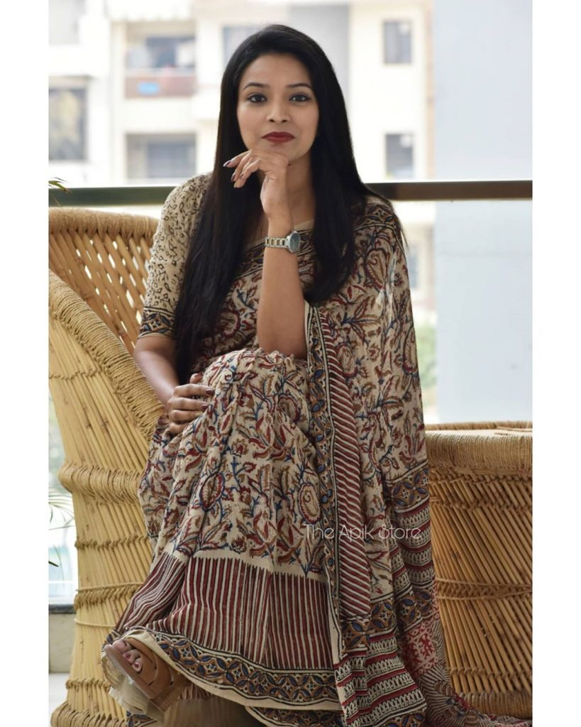 formal-saree-for-office-online-26