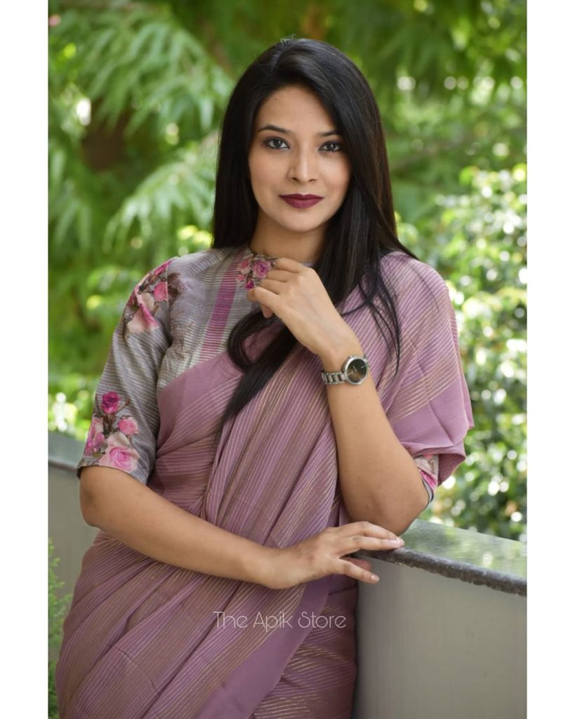 formal-saree-for-office-online-4
