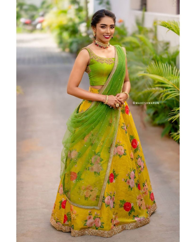 half-saree-images-latest-2020-13