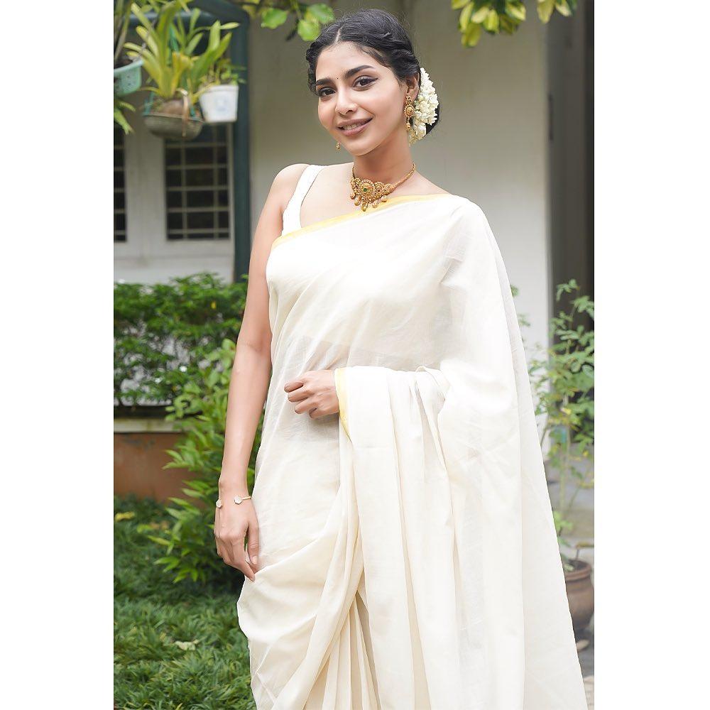 kerala-kasavu-saree-online-10