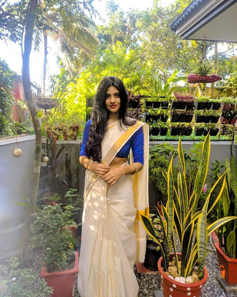 kerala-kasavu-saree-online-3