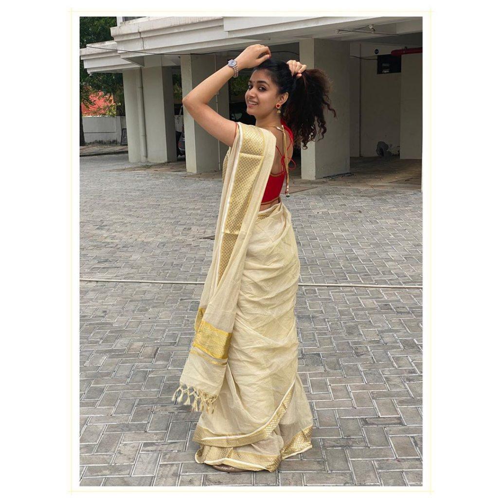 kerala-kasavu-saree-online-4
