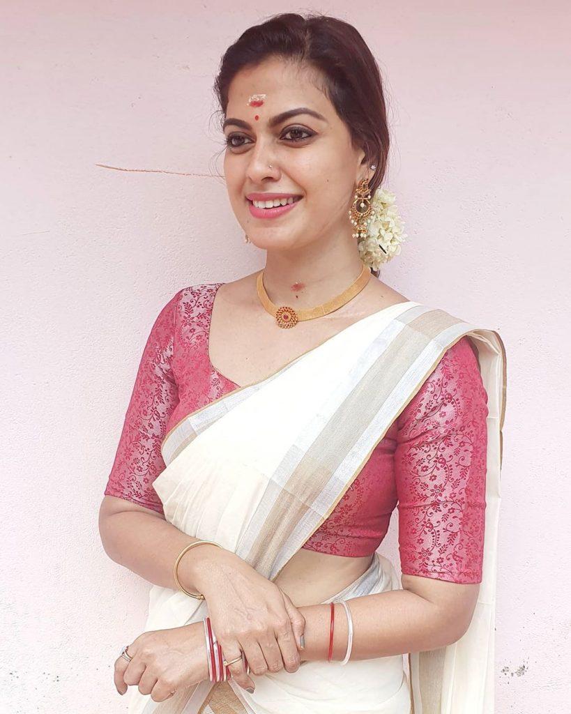 kerala-kasavu-saree-online-5