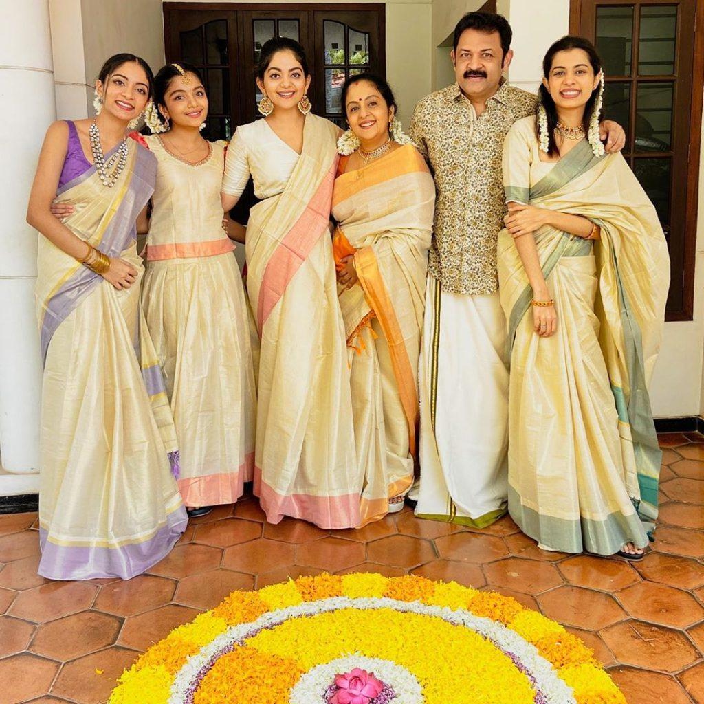 kerala-kasavu-saree-online-8