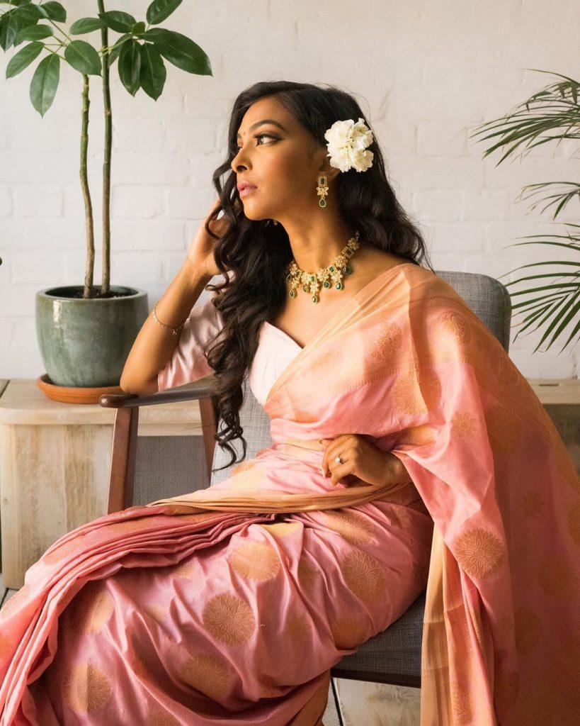 simple-designer-sarees-online-1
