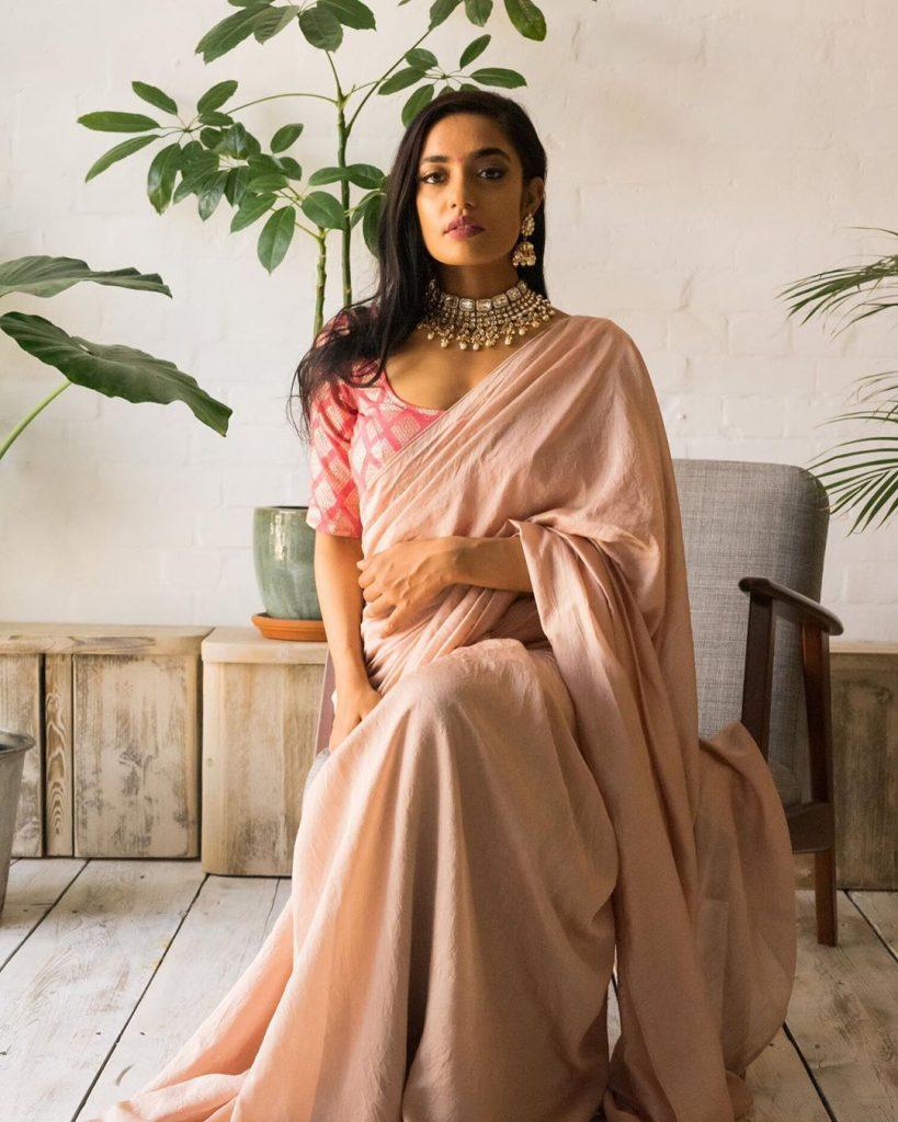 simple-designer-sarees-online-18