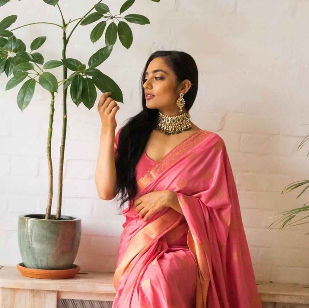 simple-designer-sarees-online-5