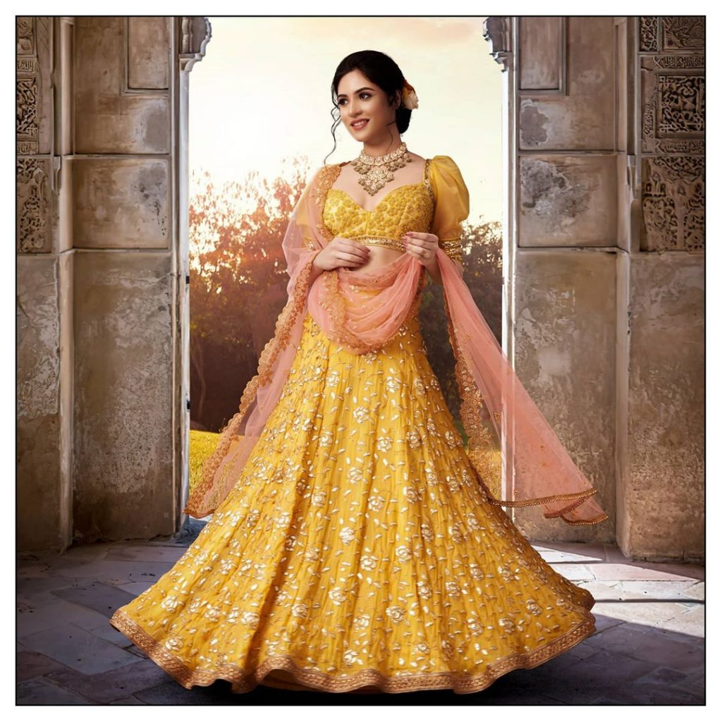 bridal-outfits-indian-10
