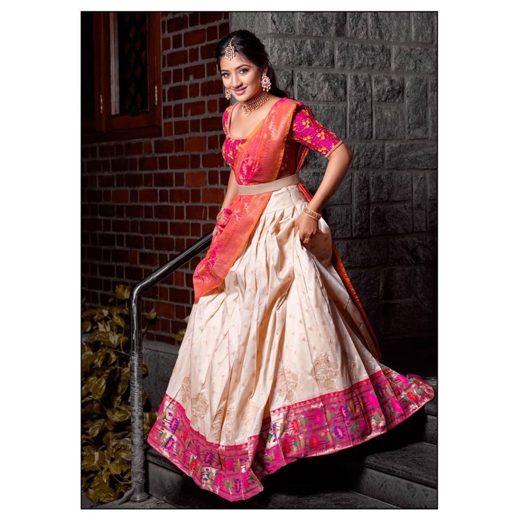 bridal-outfits-indian-5