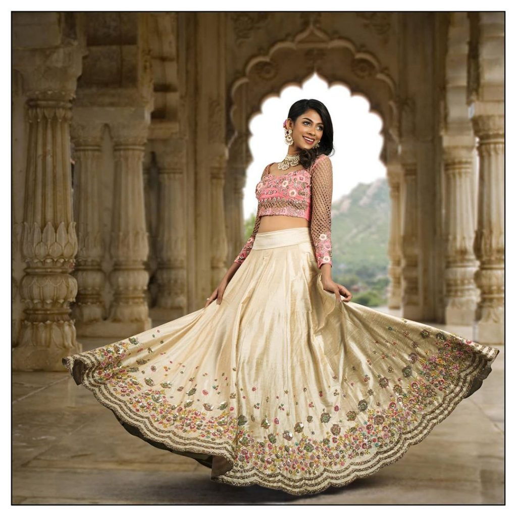 bridal-outfits-indian-9