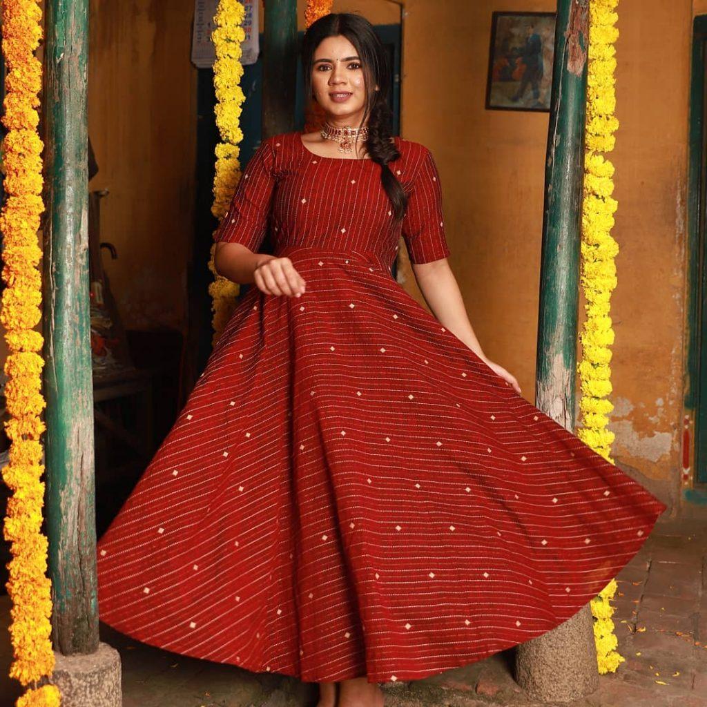 ethnic-dresses-for-women-12