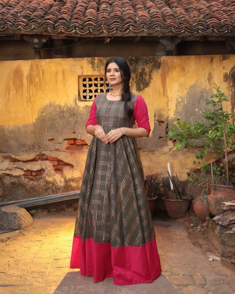 ethnic-dresses-for-women-2