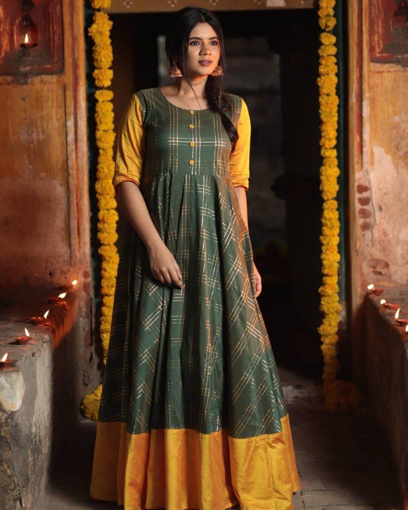 ethnic-dresses-for-women-8