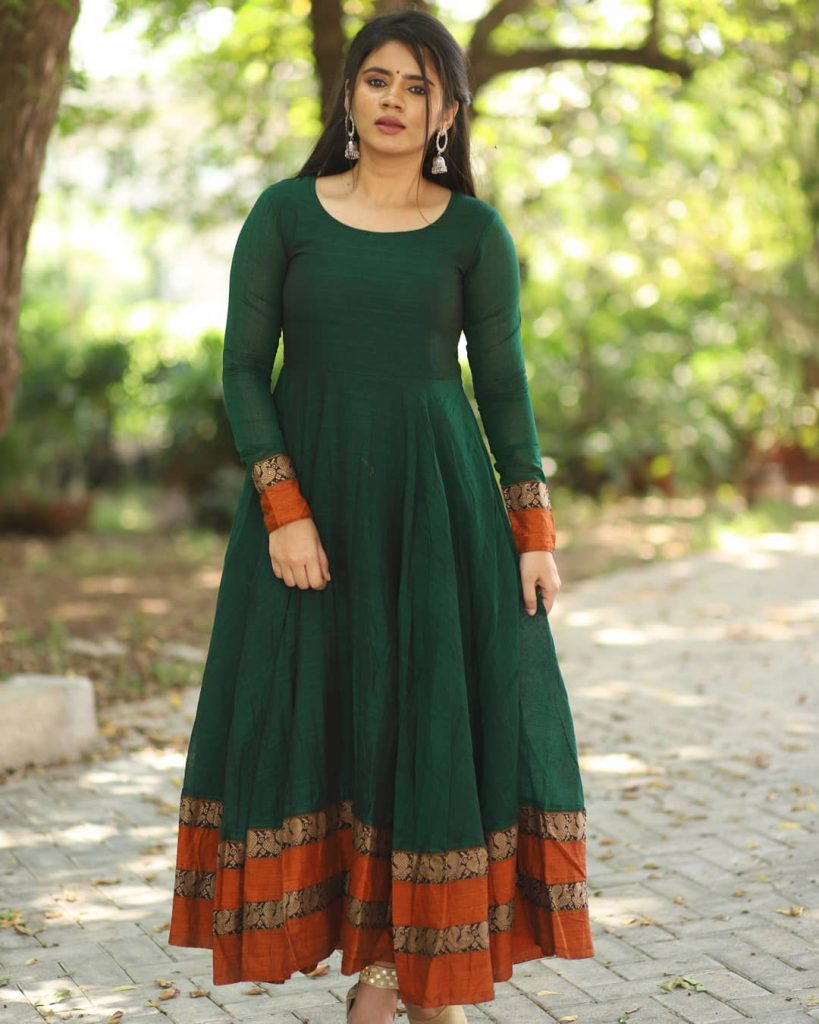 ethnic-dresses-for-women-9