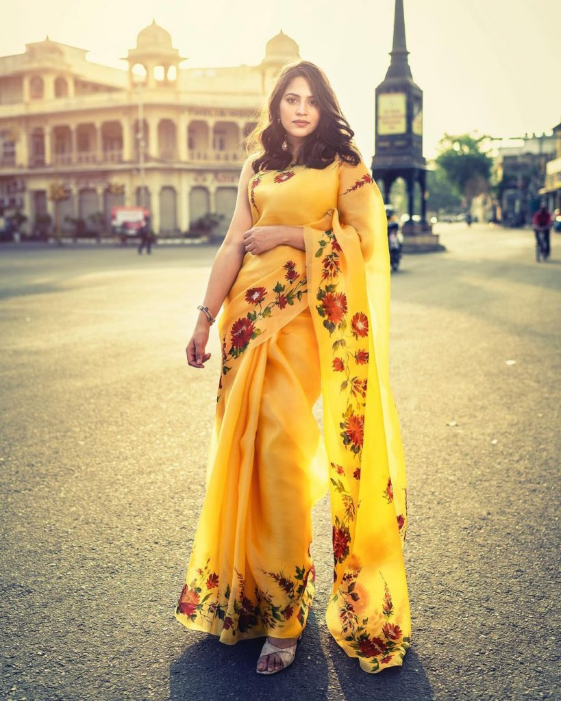 floral-sarees-online-13
