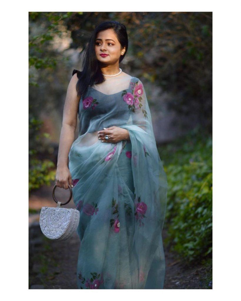 floral-sarees-online-5