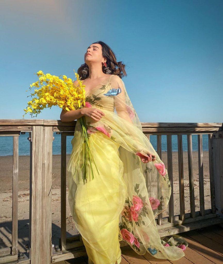 floral-sarees-online-6